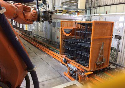 Transportwagen und Roboterbeladung